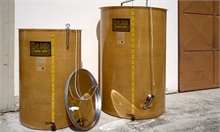 Garde-vin fond conique sur pieds fibre de verre